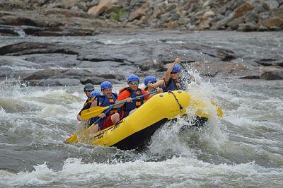 rafting-444743_640_opt